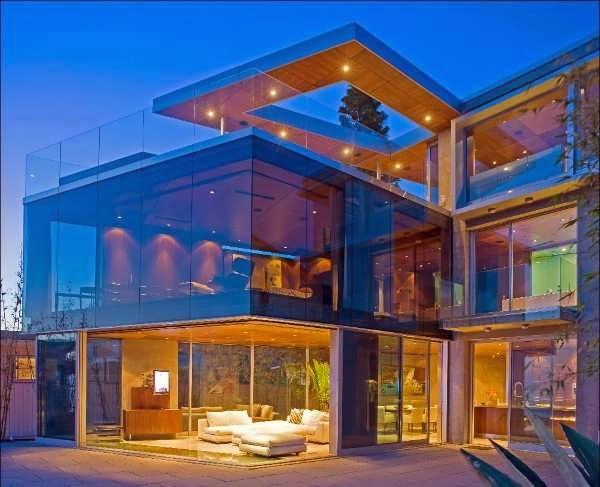 SEATTLE MODERN CUSTOM HOUSE DESIGN OFFERING PRICELESS