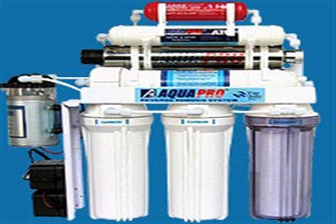 طريقة تنظيف فلتر المياه