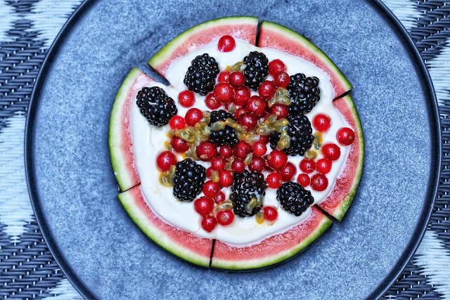 Ilse's Kitchen: Watermelon Berry Pizza