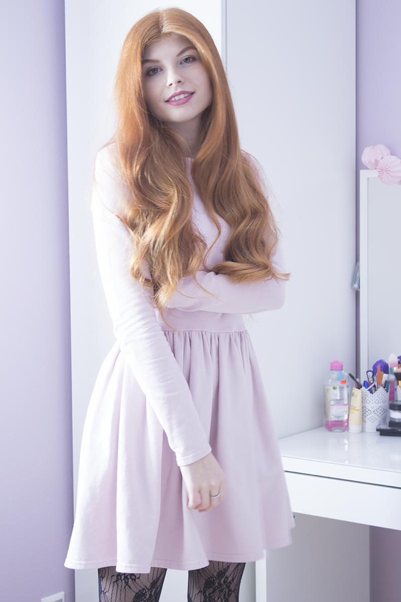 Pudrowa sukienka + koronka | Zestaw na Walentynki II
