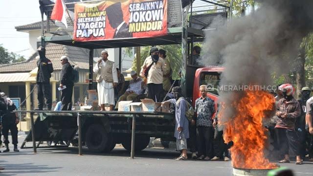 DSKS: Jika Jokowi tak Mampu Jalankan Tugas Sebaiknya Mundur