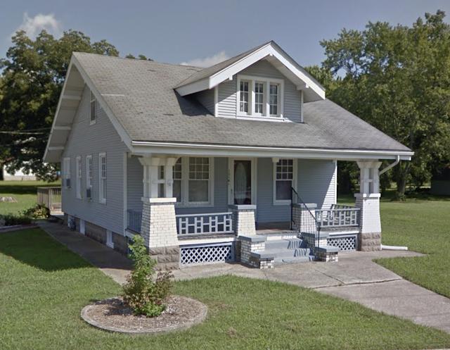 color exterior photo of silver grey Sears Vallonia 1316 W Main St Grafton Illinois