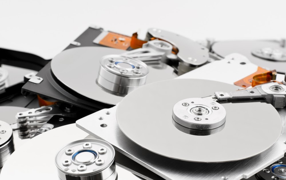 How to Remove Hard Drive From Laptop Before Recycling