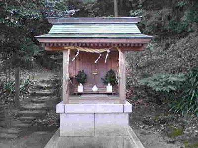 鎌足稲荷神社