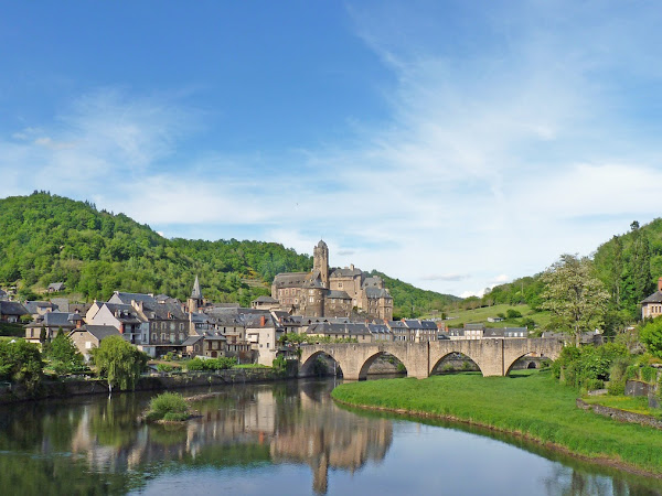 Best Small Towns To Explore In France