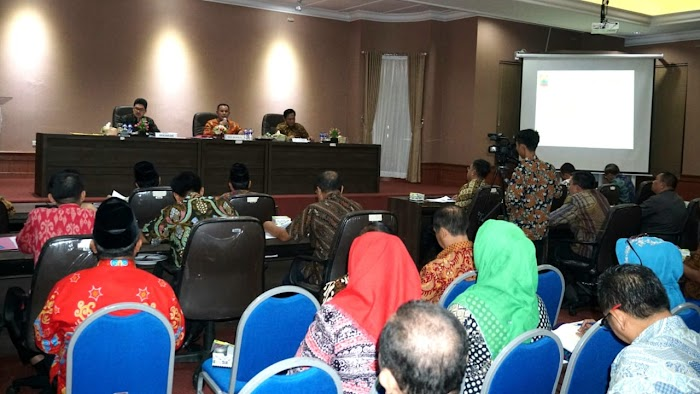 Rakor Bulanan, Nanang Ermanto Fokus Bahas Kesiapan Pilkades Serentak 2019