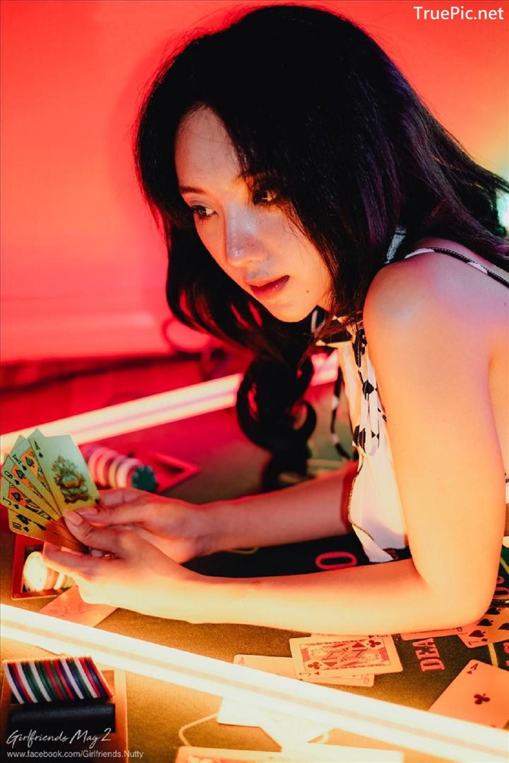 Image-Thailand-Beautiful-Model-Piyatida-Rotjutharak-Sexy-Gambling-Girl-TruePic.net- Picture-10