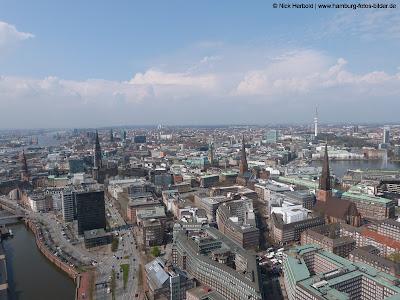Blick über Hamburg vom Highflyer Ballon