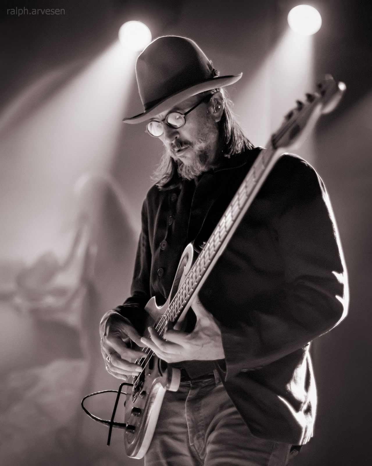 The Claypool Lennon Delirium | Texas Review | Ralph Arvesen