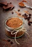 cacao en frasco de vidrio