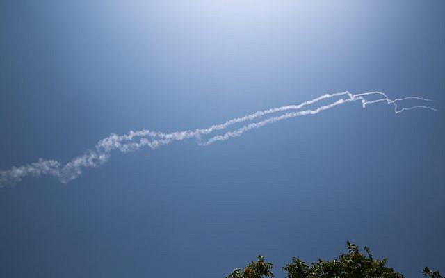 IDF abate avião de combate sírio que entrou no espaço aéreo israelense