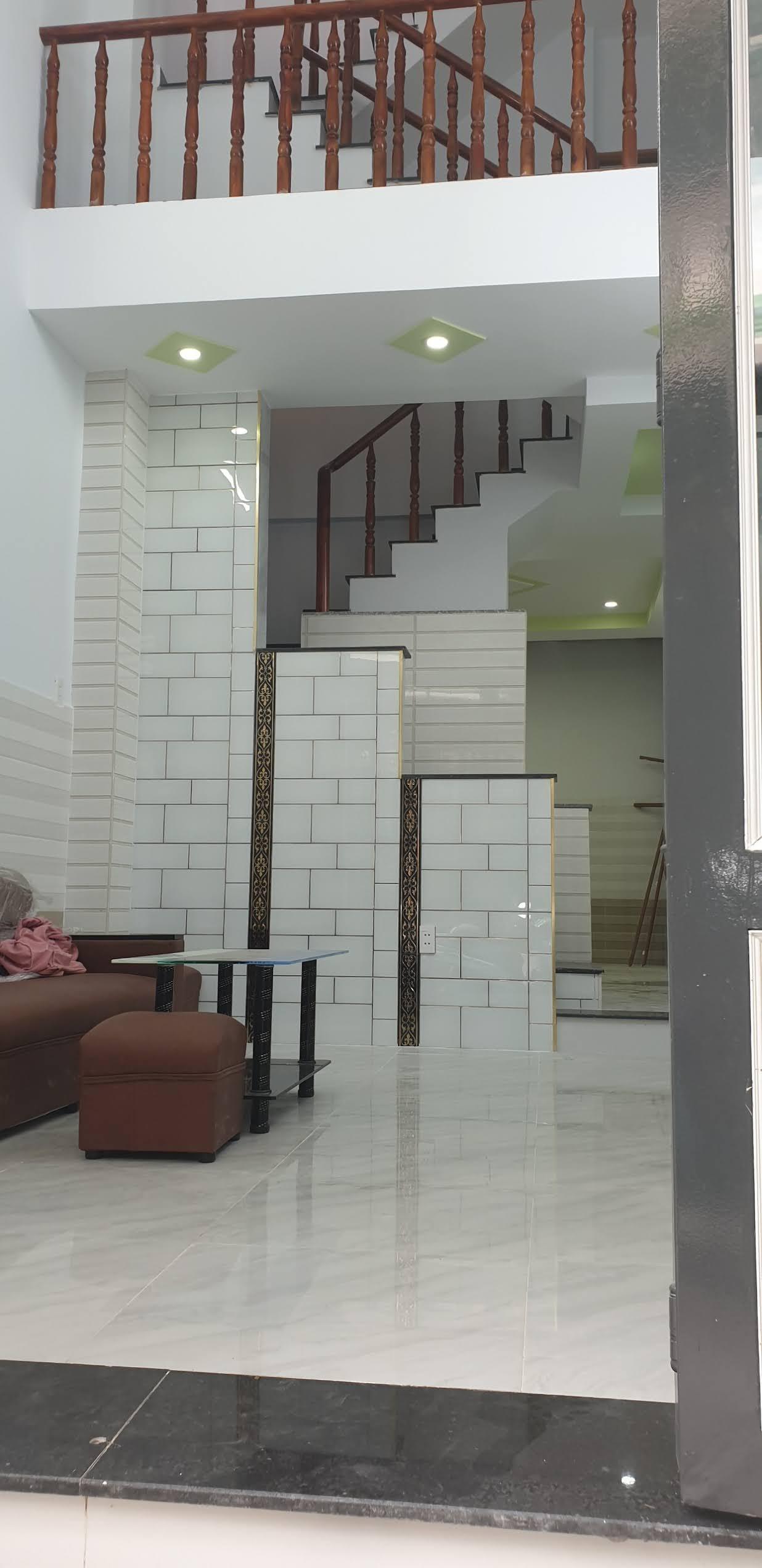 Bán nhà 1 lững 1 lầu hẻm 302 Lê Đình Cẩn quận Bình Tân dưới 4 tỷ mới nhất 2021
