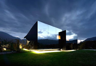 Peter Pichler mirror house