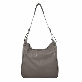 Dalla nuova collezione 'Tosca Blu' ecco la borsa a sacca