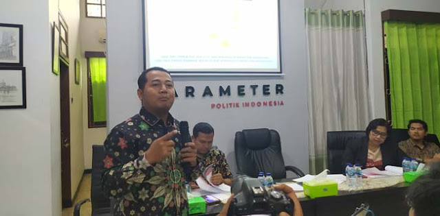 Adi Prayitno: Jika Benar Ada Menteri Berkhianat, Dipecat Saja!
