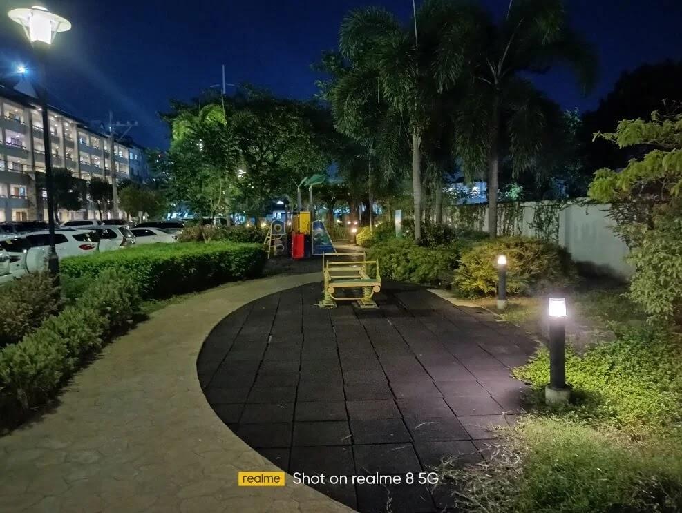 realme 8 5G Camera Sample - Night, Playground