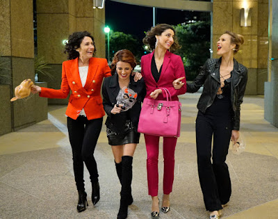 Girlfriends' Guide to Divorce Cast Image 2