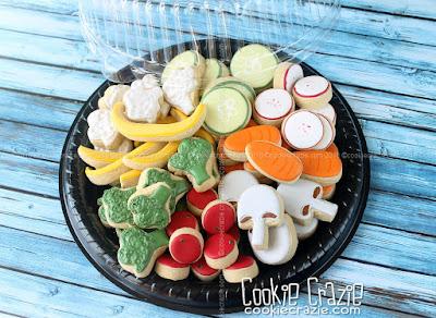 http://www.cookiecrazie.com/2016/08/veggie-tray-decorated-sugar-cookie.html
