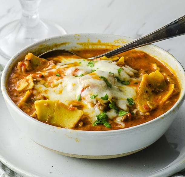 HIGH PROTEIN VEGAN LASAGNA SOUP #veganrecipes #glutenfree