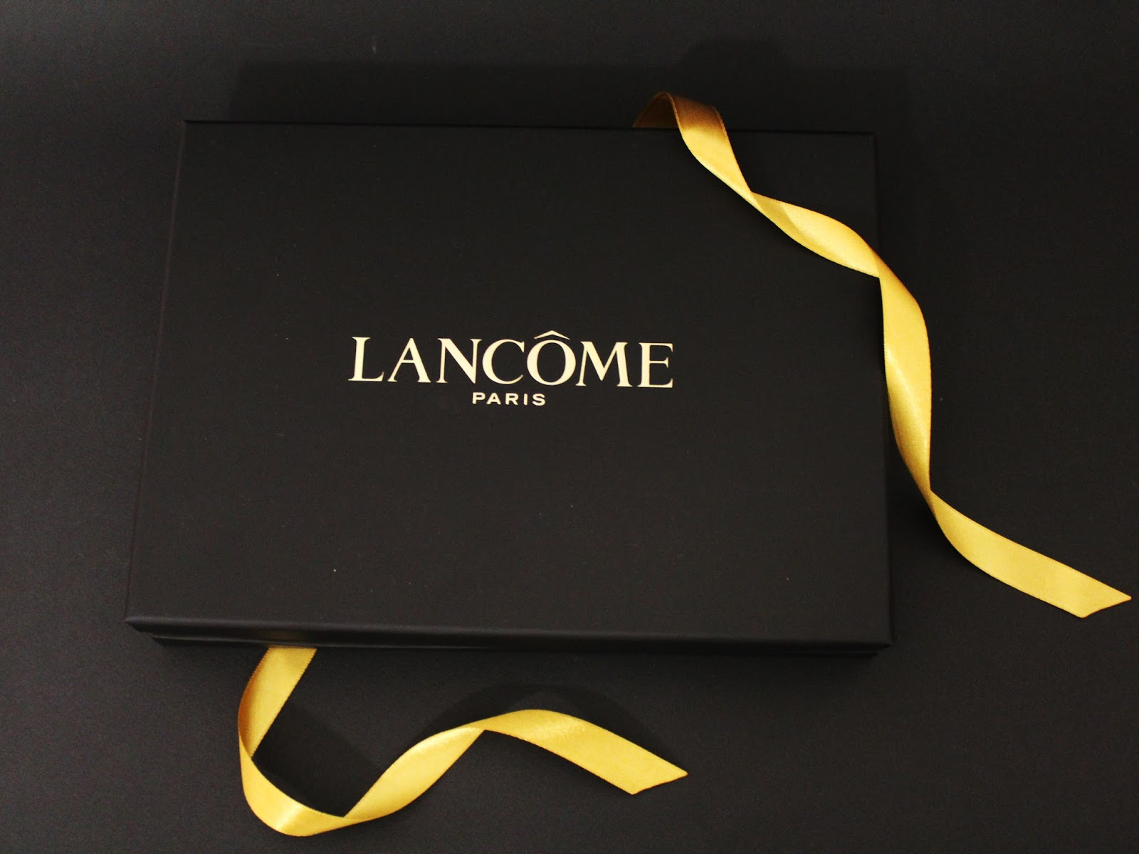 Lancôme, пудра Teint Idole Utra Compact, тональное средство Teint Idole Ultra 24H, корректор Effacernes Longue Tenue