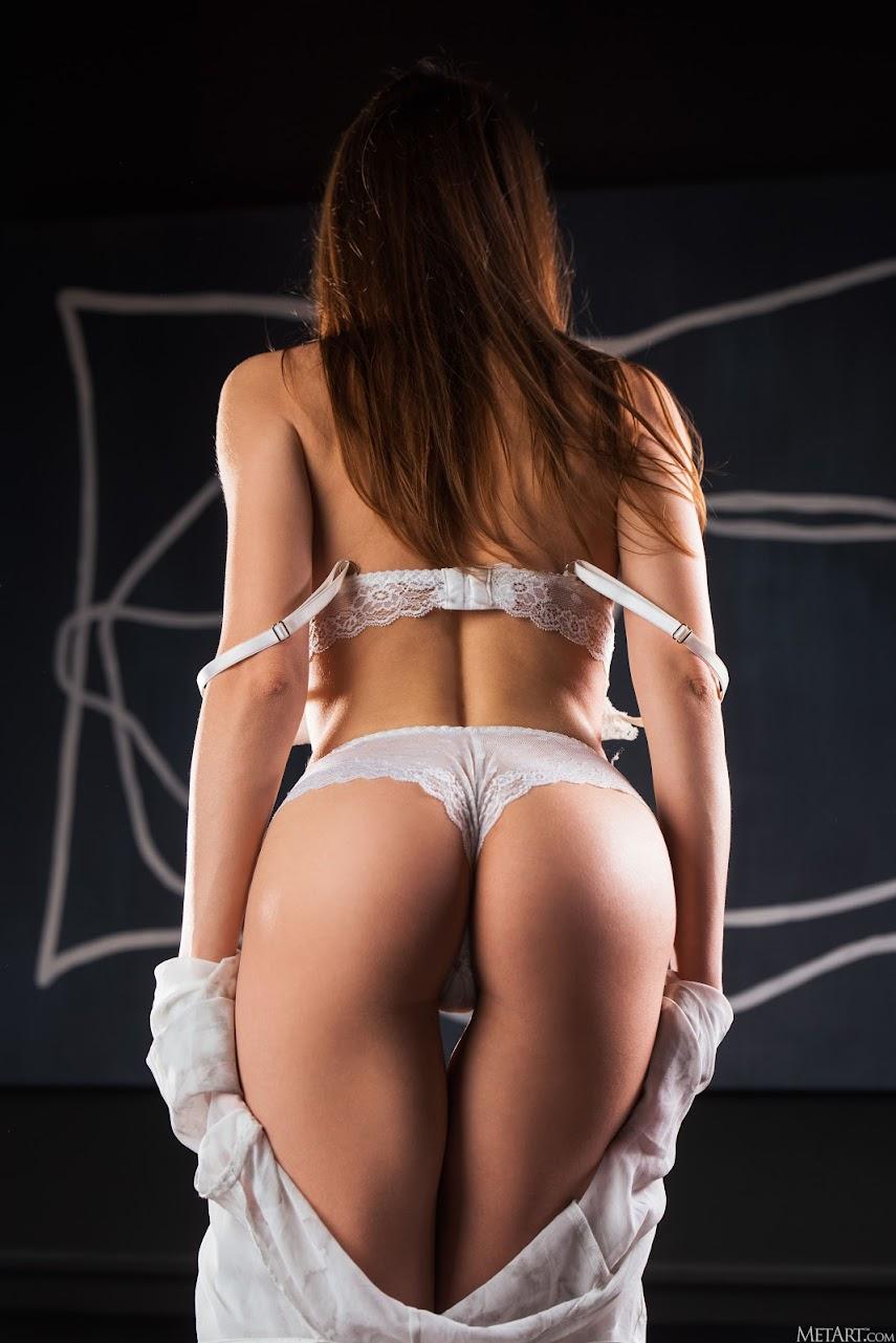 1008532996 [Met-Art] Julietta - Bridal Set