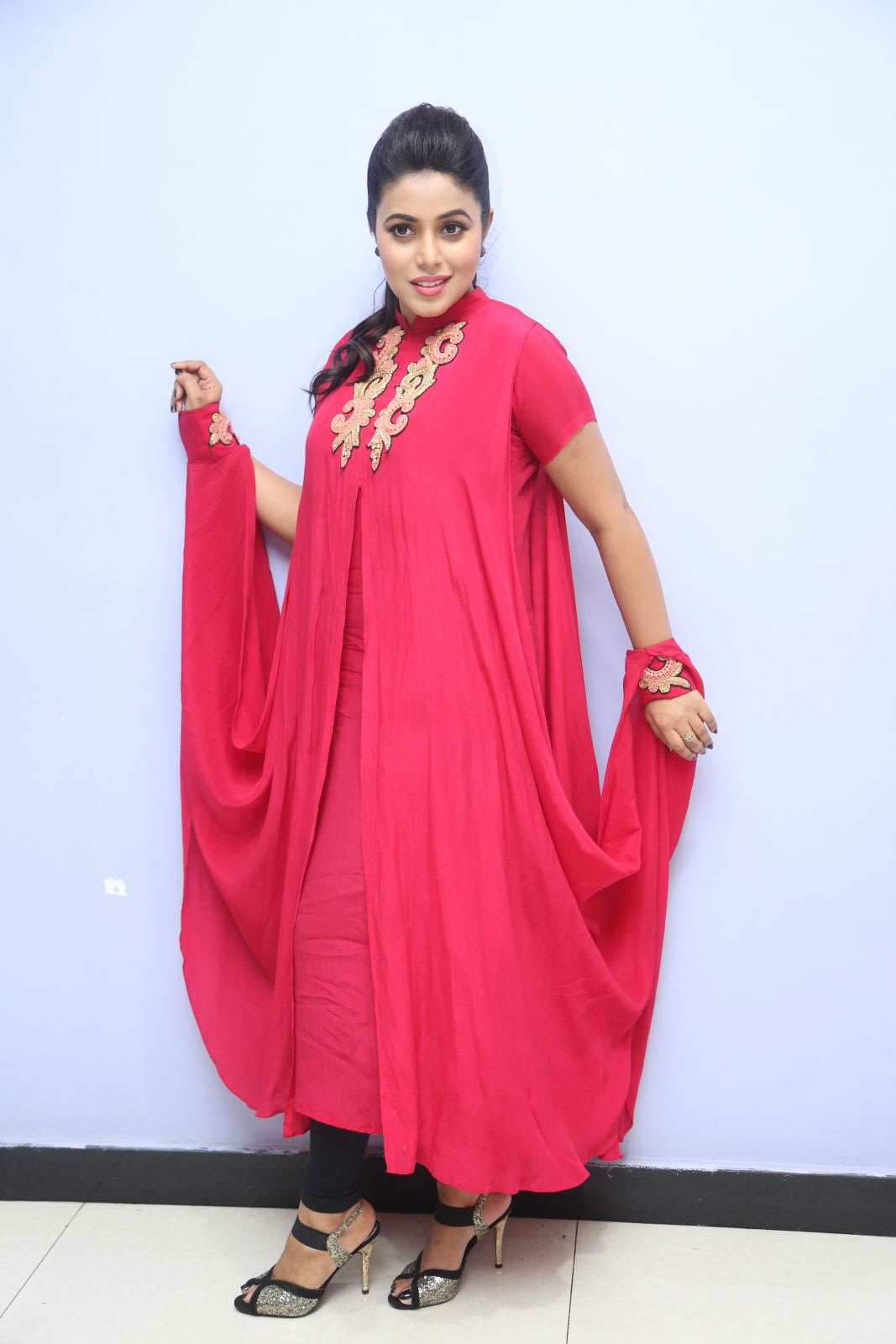 poorna new glamorous photos-HQ-Photo-15