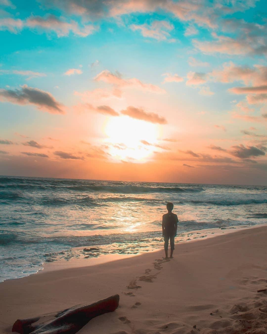 Keunikan Pantai Ngudel
