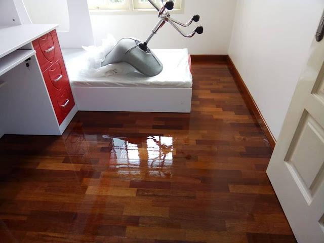 corak kayu sesuai dengan furniture