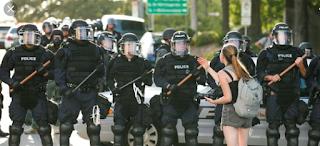 US Police, fraudsters