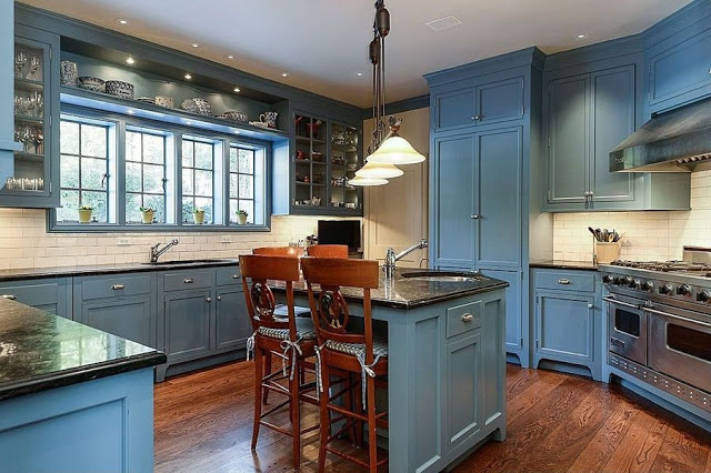 Eye For Design Blue And White Kitchens Classic And Trendy