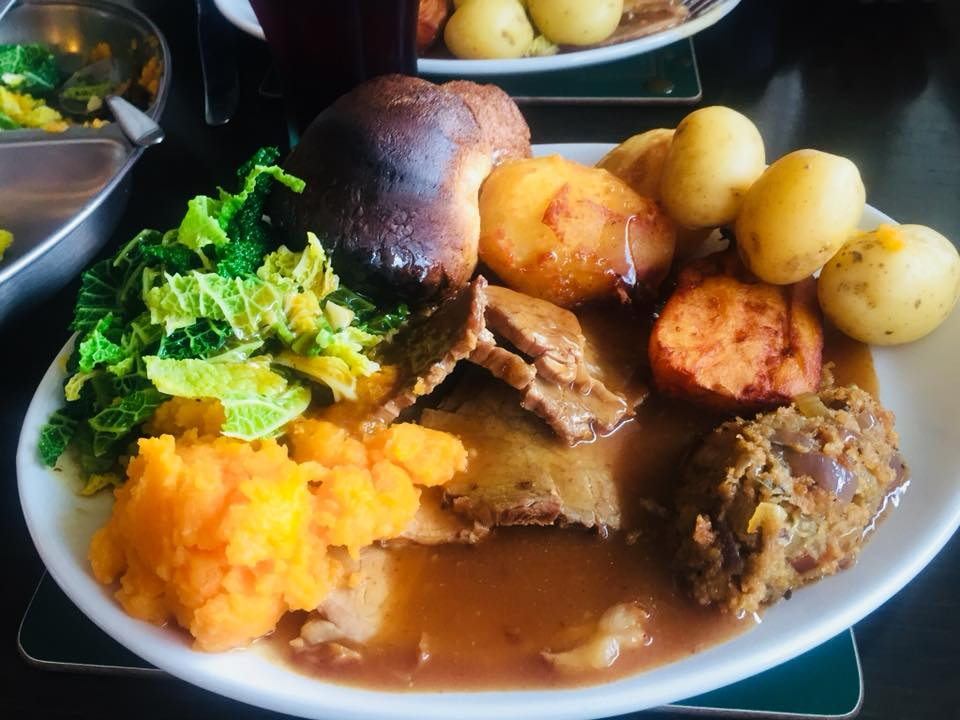 Our Guide to the Best Sunday Lunches in North East England | 30+ Recommendations & Photos - Seahouses Golf Club