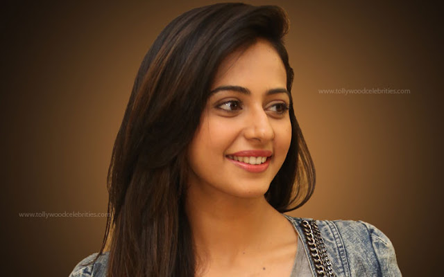Rakul Preet Singh To Work With Director Murugadoss Next ?