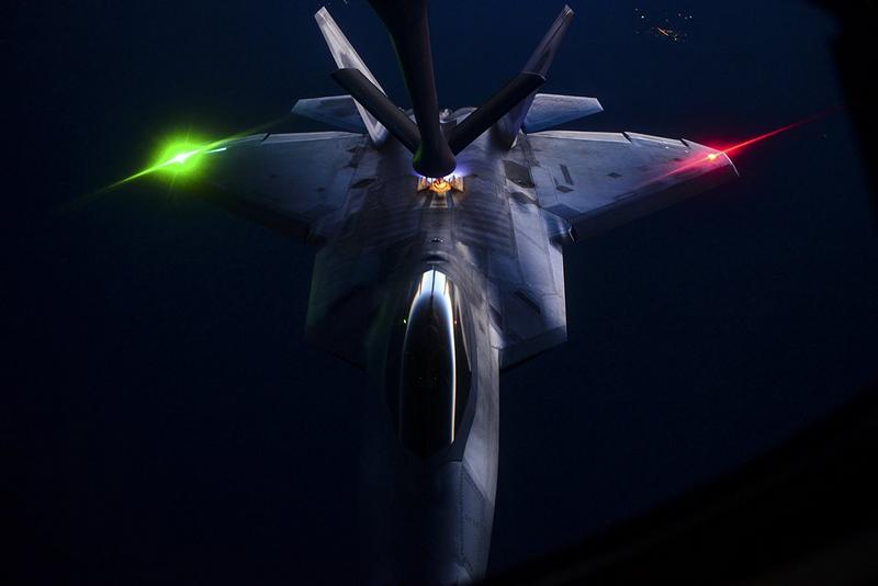 desarrollo defensa y tecnologia belica: Así hacen tiempo los pilotos ...