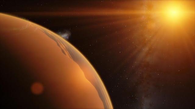 Hallan un planeta similar a la Tierra a casi 25 000 años luz