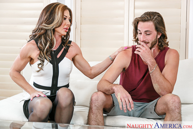 UNCENSORED [naughtyamerica]2016-12-28 My Friend's Hot Mom, AV uncensored