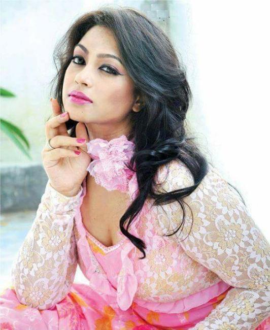 Sadika Parvin Popy Biography & Images 11