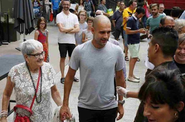 Pep Guardiola's mother Dolors Sala Carrió dies after contracting coronavirus