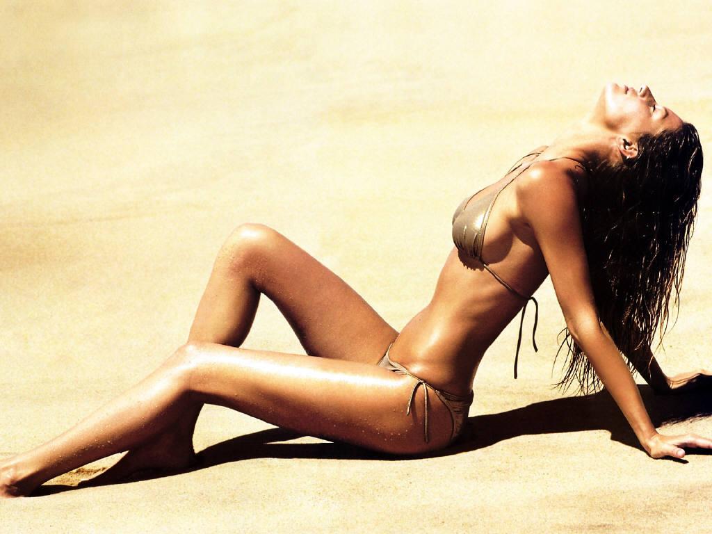 Hot Gisele Bundchen's Wallpapers | World Amazing Wallpapers | Hot Actress Wallpapers