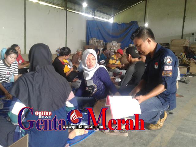 Jelang Pilgub Lampung, KPU Pesawaran Lakukan Pelipatan Kertas Suara