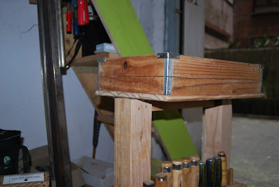 Como hacer una caja de madera reciclada.