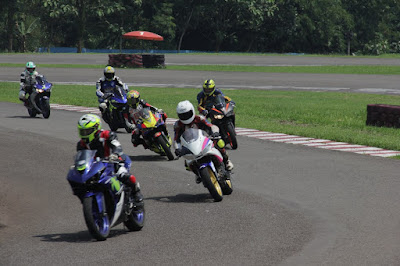 Sesi Praktek - Workshop Racing untuk Komunitas Yamaha