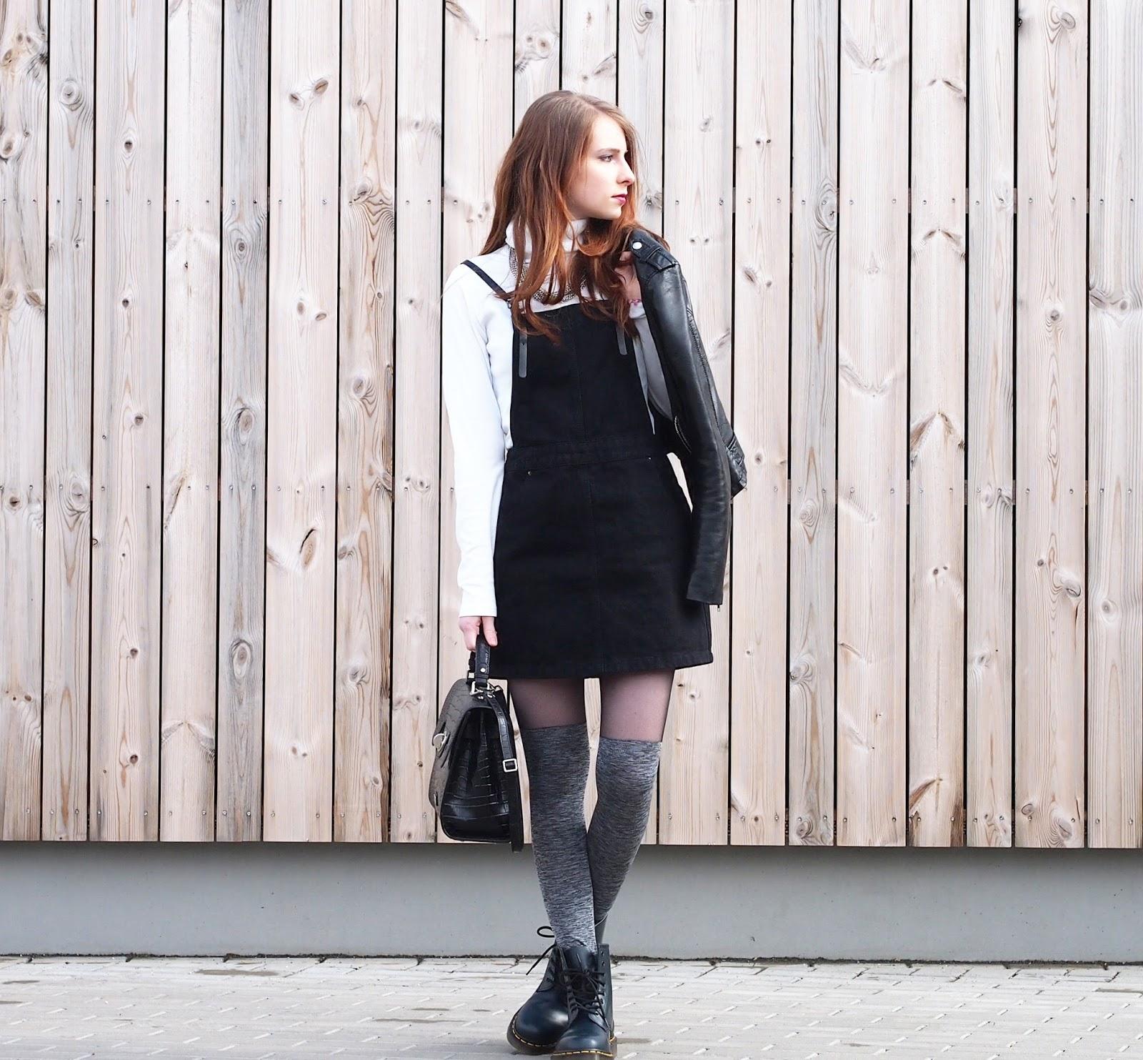 outfit schwarzes jeans latzkleid overknee strumpfhosen. Black Bedroom Furniture Sets. Home Design Ideas