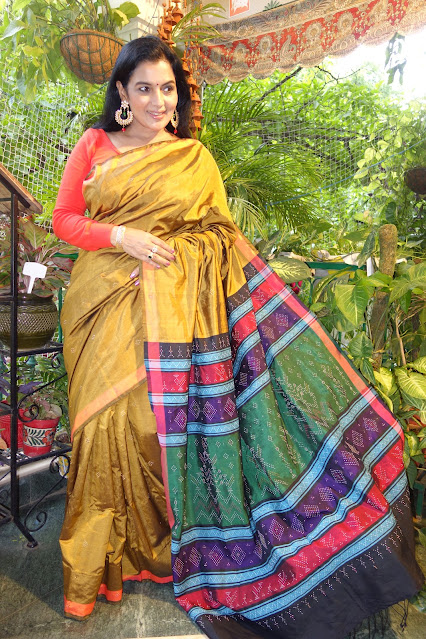 Silk tangaliya saree in gold