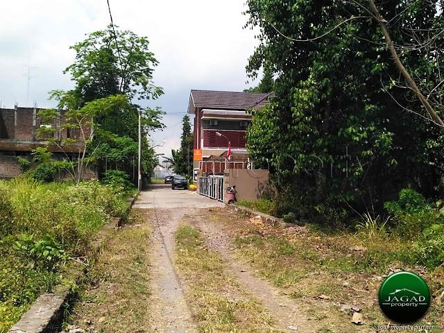 Tanah Pekarangan jalan Palagan Km 8