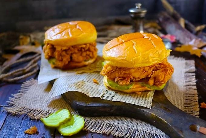 The Best Homemade Popeye's Chicken Sandwich