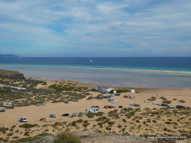 aparcamientos en las playas de Fuerteventura