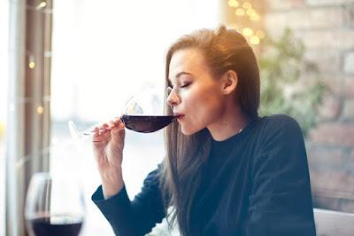 Pít nebo nepít při dietě. Jak to tedy je? A vážně je to pravda?