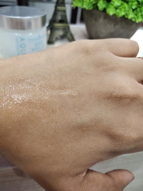 Aqua whitening cream