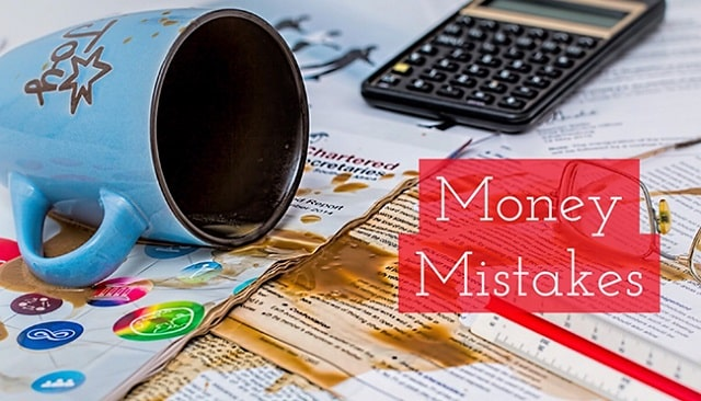 money saving mistakes avoid new business owners save cash startups