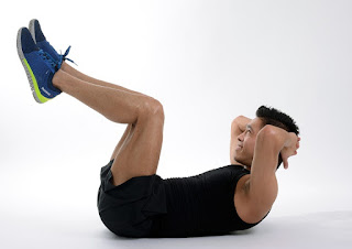 Flat Bench Leg Pull-In exercise to Make Six Pack at Home